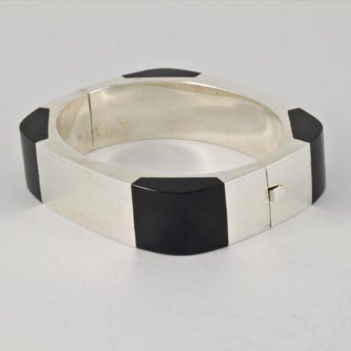 Onix Square Bracelet