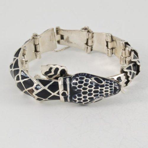 Onix Snake Bracelet