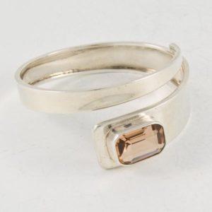 Plain Bracelet with Brown Stone