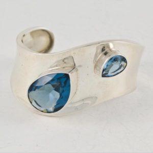 Blue Stones Plain Bracelet