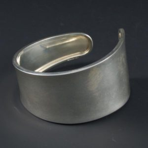 Tarnish Plain Bracelet