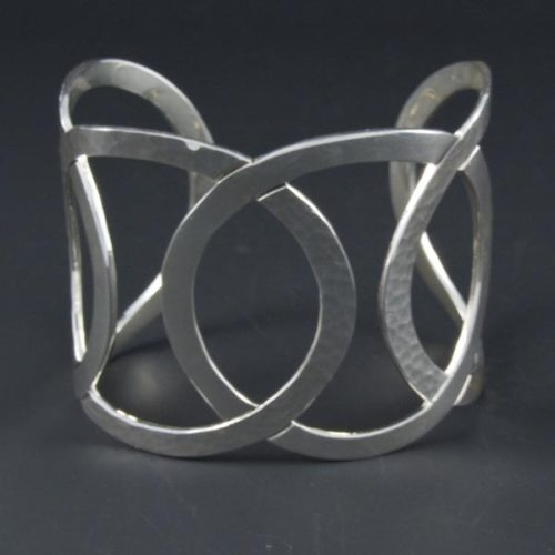 Hammered Linked Rings