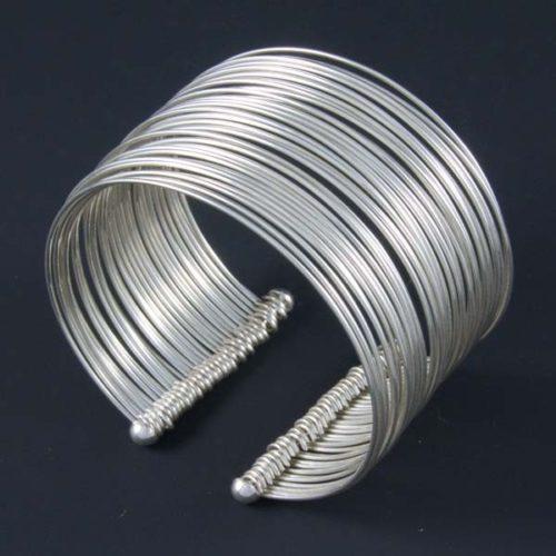 Multiple Rings Short Bracelet
