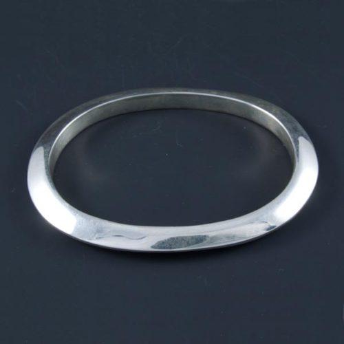 Flat Oval Bracelet