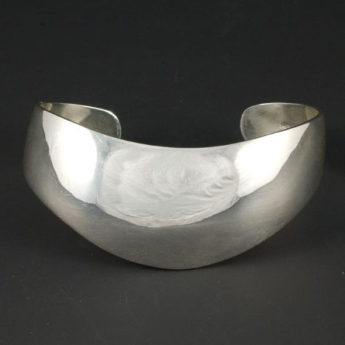 Round Fine Bracelet