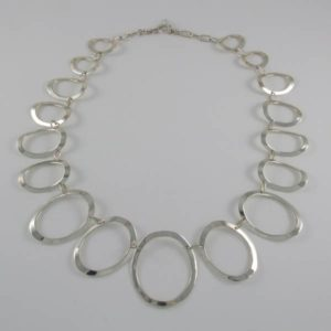 Plain Ovals Necklace
