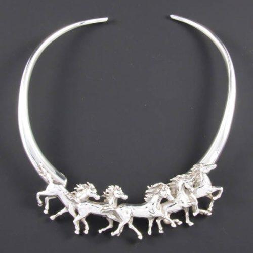 Horses Plain Necklace