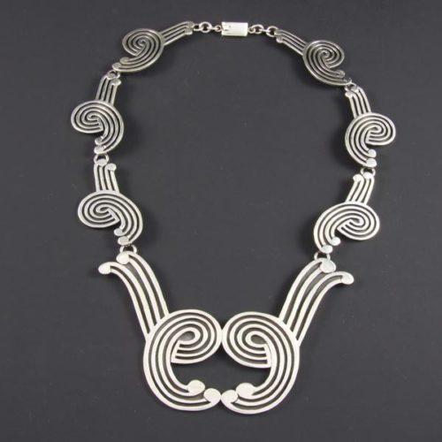 Stylish Plain Necklace