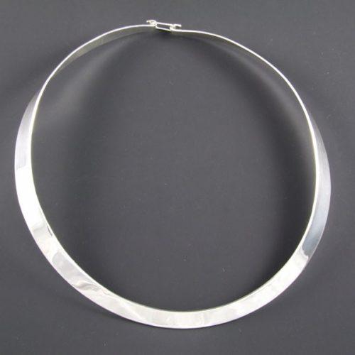 Flat Plain Necklace