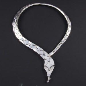 Snake Plain Necklace