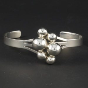 Elegant Bracelet with Balls