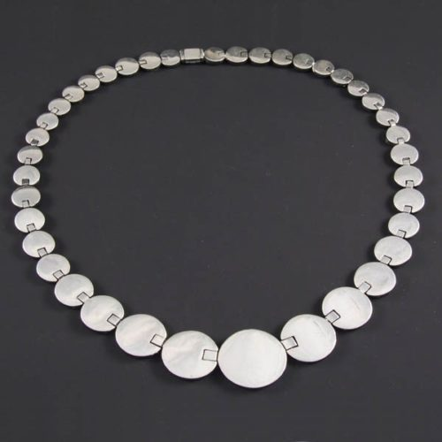 Flat Polish Circles Necklace