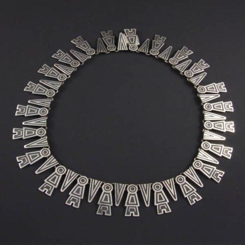 Plain Art Necklace