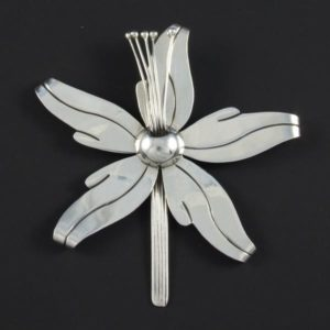 Plain Flower Brooch