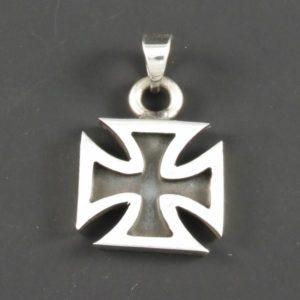 Pattee Cross Pendant