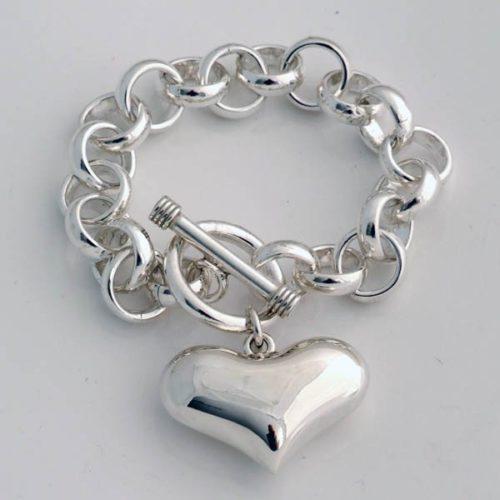 Plain Heart Bracelet