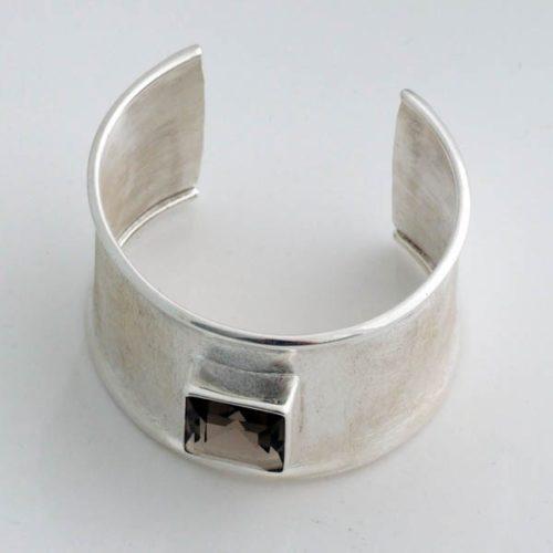 Green Stone Plain Bracelet