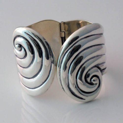 Spiral Plain Bracelet