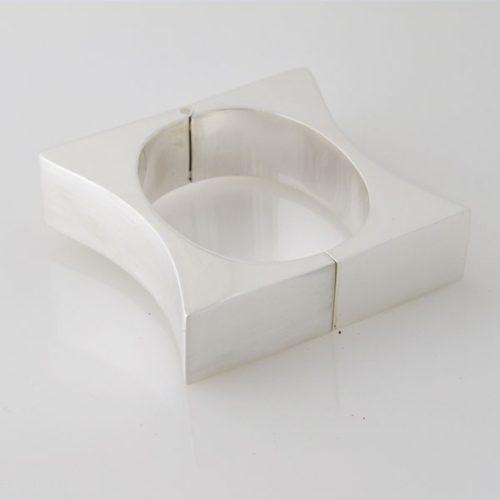 Convex Brush/Silver