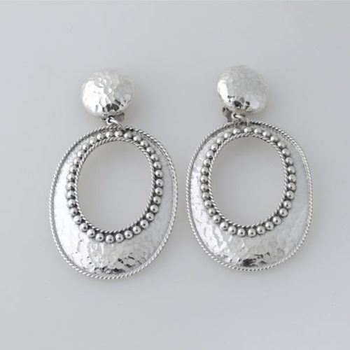 Oval Earring Hammered