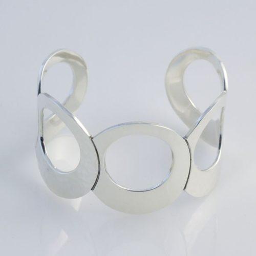 Oval Plain/Hammered Bracelet