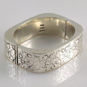 Stars textured Bracelet