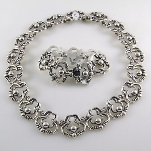 Plain Bracelet & Necklace
