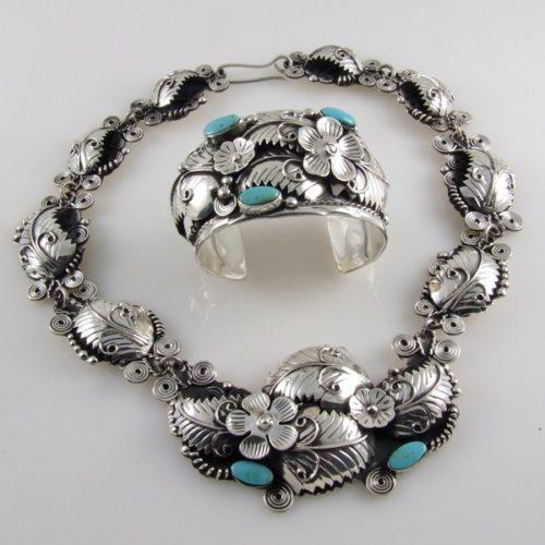 Turquoise & Plain Silver Necklace & Bracelet