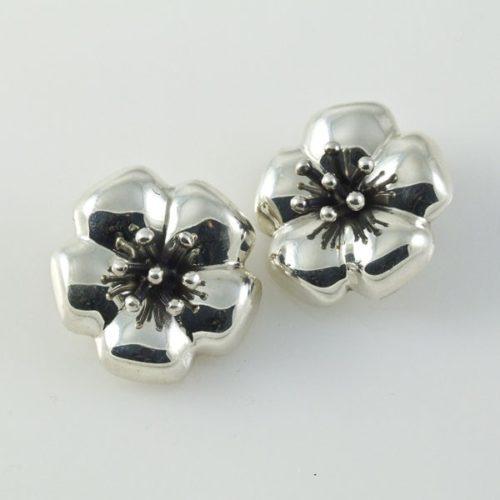 Flower Plain Clip-ons Earrings