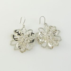 Post Cutout Flower Earrings