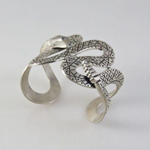 Snake Plain Bracelet