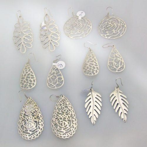Hand Cutout Wire Earrings