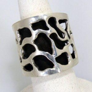 Hand Cutout Oxidized Ring